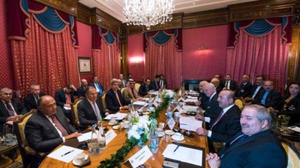 الغارديان: قلق من تغيير التحالفات بعد طلب إيران ضم مصر للمحادثات بخصوص سوريا