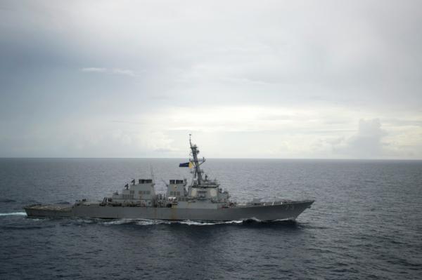 بكين تدين مرور سفينة حرب اميركية بالقرب من منطقة متنازع عليها في بحر الصين الجنوبي