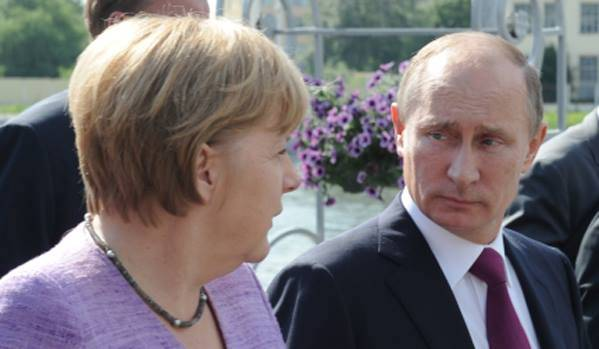 صوت روسيا: المستشارة الألمانية تناشد بوتين للمساعدة