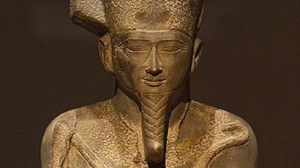 اكتشاف &#34مجموعة جنائزية لإله البعث&#34 في مصر