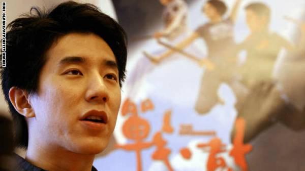 الحبس 6 أشهر لنجل جاكي شان