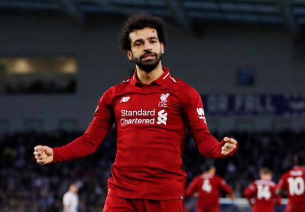صلاح يُبقي ليفربول في صدارة الدوري الإنجليزي وفوز تشيلسي