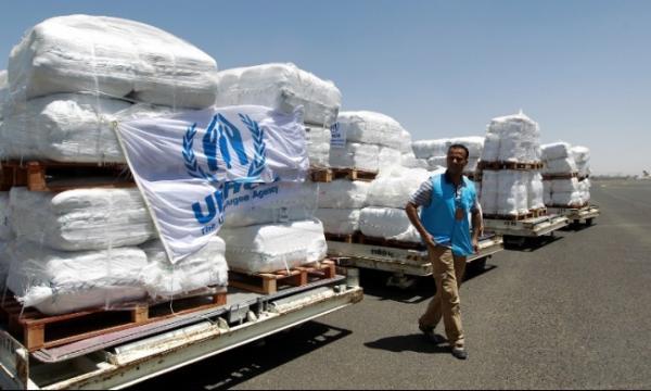 مصادر غربية ويمنية: الحوثيون يبيعون مساعدات الإغاثة الأممية