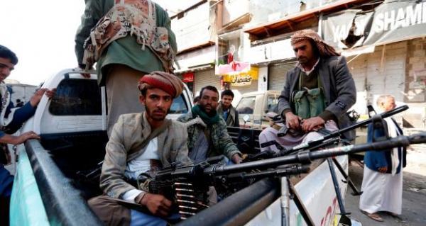 عصابة الحوثي تقتحم منزل الشيخ أبو شوارب بصنعاء