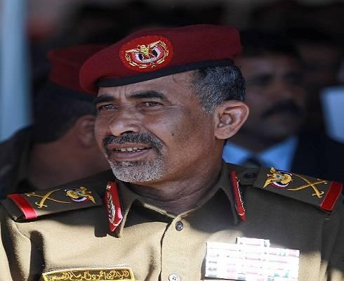 اللجنة الرئاسية بمأرب توقف أعمالها.. ووزير الدفاع يعود إلى صنعاء