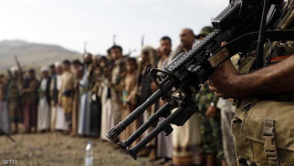 مصدر قبلي: عصابة الحوثي تهدد بتفجير منازل القبائل الرافضة للتجنيد
