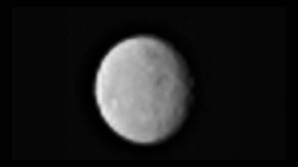 ناسا تطلق صورا جديدة مذهلة للكوكب القزم سيريس