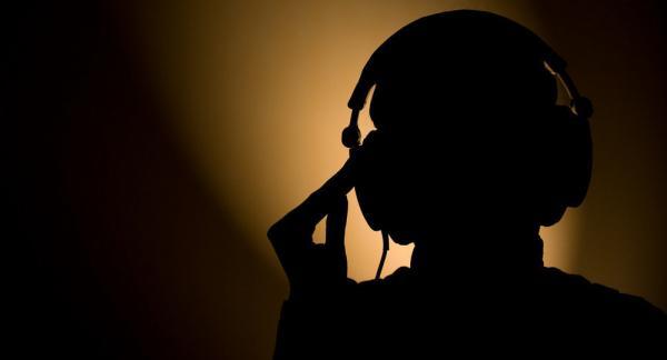 دولة خليجية التي لا تمتلك أجهزة تسجيل المكالمات الهاتفية