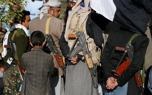 مليشيا الحوثي تفرض على الموظفين &#34دورات طائفية&#34