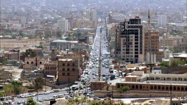 مليشيا الحوثي تفرض جرعة سعرية جديدة في المشتقات النفطية