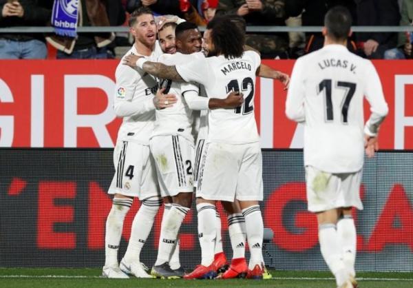 ثنائية بنزيمة تصعد بريال مدريد للدور قبل النهائي في كأس ملك إسبانيا