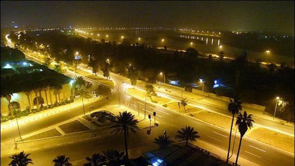 بعد 8 سنوات.. العبادي يرفع حظر التجوال الليلي ببغداد