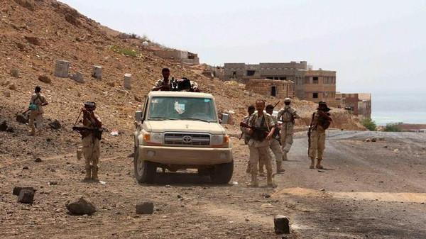 لحج: تأمين مواقع مهمة وعشرات القتلى والجرحى من مليشيا الحوثي