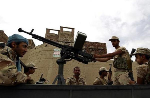 خلافات حادة بين الداخلية والشؤون الاجتماعية التابعتين للمليشيا على خلفية اعتقال النساء بصنعاء