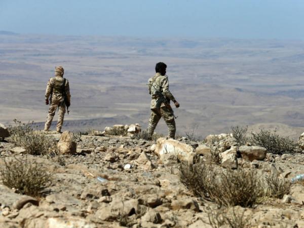 قتلى وجرحى من مسلحي الحوثي في هجوم للقوات الحكومية بصرواح مأرب