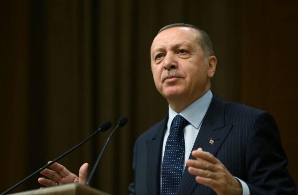 إردوغان: مسلحون أكراد يسقطون طائرة هليكوبتر تركية في عفرين السورية