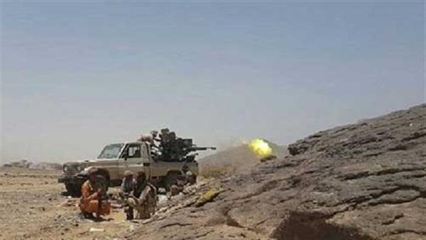 الضالع: قبيلة الحذيفي في &#34الحشاء&#34 تأسر 6 حوثيين وتغنم طقماً عسكرياً