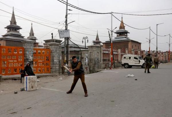 باكستان تحذر الهند من أي ضربات عبر الحدود في كشمير