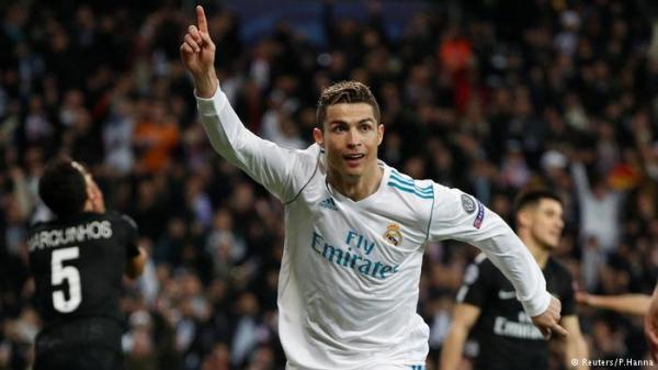 ريال مدريد يقلب تأخره إلى فوز على باريس سان جرمان