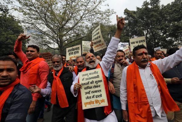 الهند تستدعي سفير باكستان للاحتجاج على هجوم كشمير
