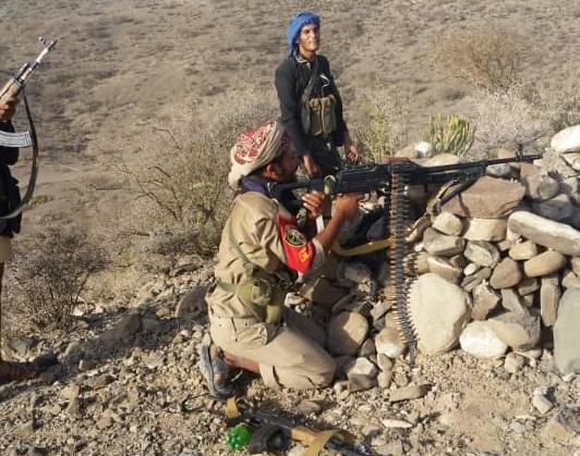 المقاومة الشعبية بالضالع مسنودة بالقوات الحكومية تؤمّن قلعة يراخ وسوق الطاحون بالحشاء