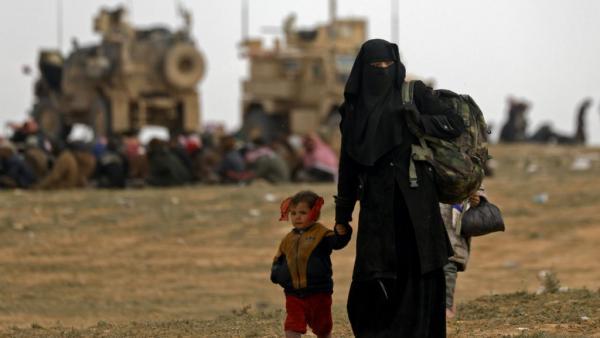 قوات سوريا الديمقراطية تحاصر الجهاديين في بلدة الباغوز آخر معاقلهم في شرق سوريا