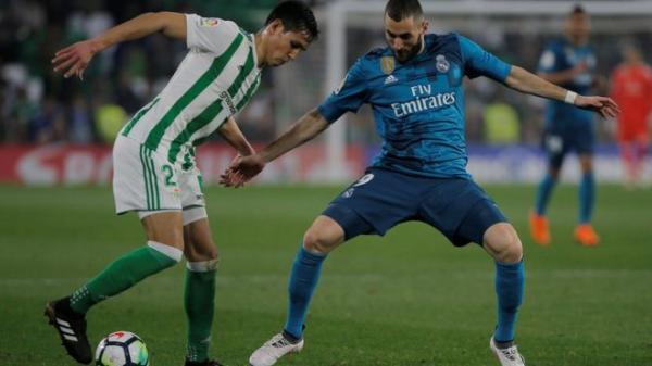ريال مدريد يفوز على ريال بيتيس ويدعم موقفه في الليغا