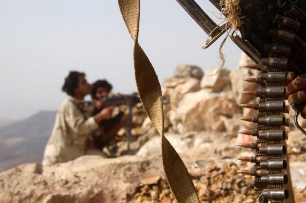 القوات الحكومية تشن هجومًا على مواقع مليشيا الحوثي بمأرب