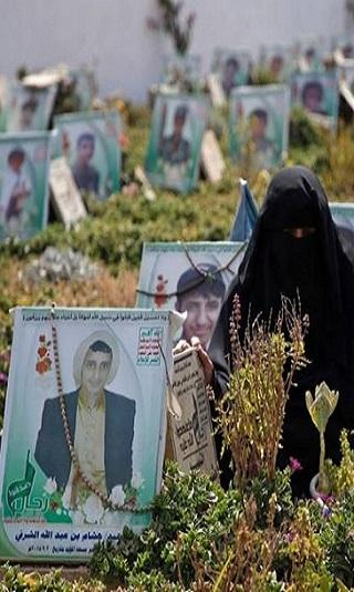 خاص: هكذا تُعامل عائلات من قتلوا في صفوف الحوثي