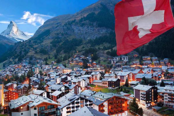 لماذا &#34يقدس&#34 بعض السويسريين رقم 11؟