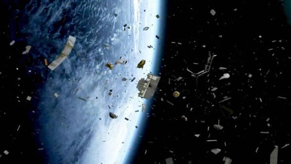 &#34ناسا&#34: 100 طن من النفايات الفضائية سقطت على الأرض عام 2014