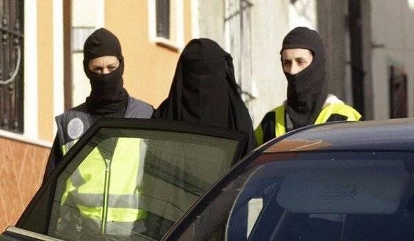 إسبانيا: تفكيك شبكة لتجنيد نساء لحساب تنظيم &#34الدولة الإسلامية&#34
