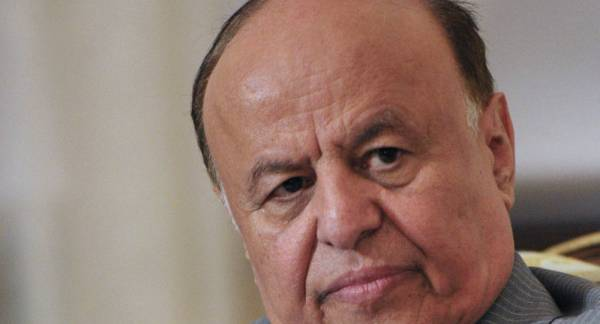 هادي يروي للمرة الأولى تفاصيل انتقاله إلى عدن.. ورسالة من الحوثي سبب الاستقالة (تفاصيل وشهادة)