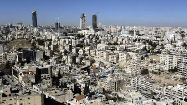 واشنطن تحذر الأمريكيين في الأردن من ارتياد المراكز التجارية