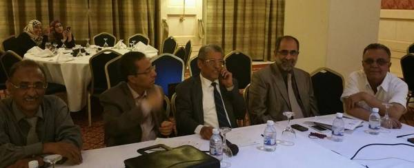 6 مكونات يمنية ترفض نقل الحوار خارج صنعاء