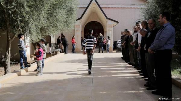 &#34داعش&#34 يفرج عن 19 مسيحيا آشوريا مقابل فدية مالية