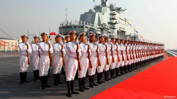 الصين تزيد من ميزانية جيشها بنسبة عشرة بالمائة