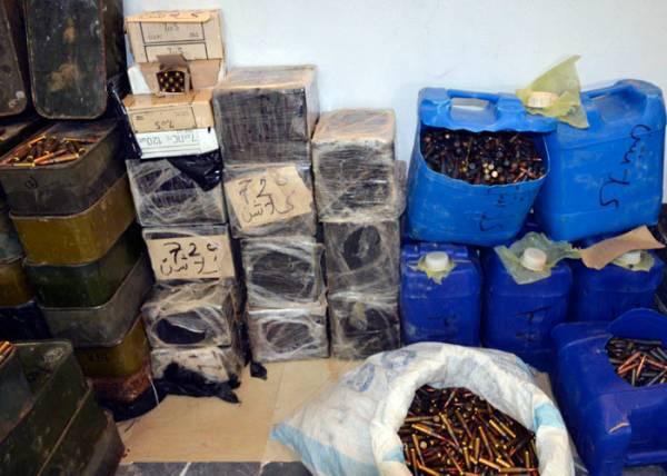 تونس تصادر كميات ضخمة من الأسلحة في طريقها إلى متشددين