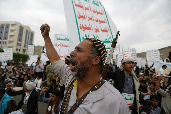 صحيفة: لا يزال التعامل الأممي مع خروقات الحوثي دون مستوى الموقف المطلوب