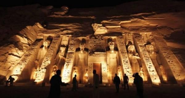 اكتشاف مقبرة تحوي رسوما لتفاصيل الحياة اليومية في مصر الفرعونية