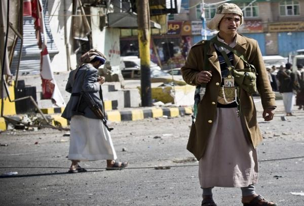 يحدث في اليمن: مشرف حوثي ينهي حياة ضابط بصنعاء &#34لرفضه أخذ إتاوات&#34