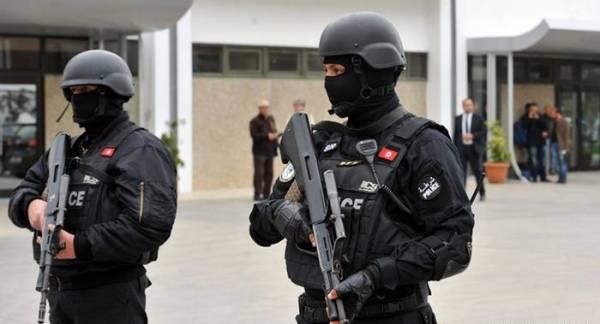 إقالة ستة من القيادات الأمنية في تونس