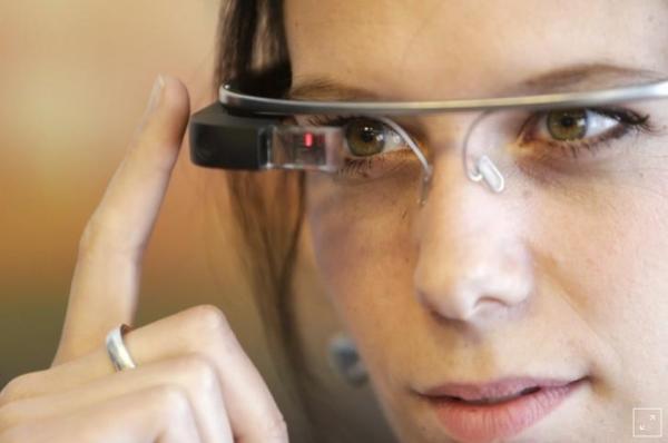 نظارة جوجل تساعد الأطفال المصابين بالتوحد في تمييز تعابير الوجوه