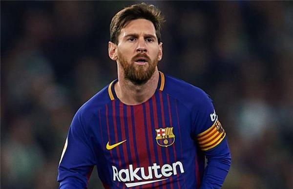 ميسي وسواريز ينقذان برشلونة في تعادل مثير 4-4 مع فياريال