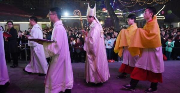 الصين تنفي توقيف اسقف في الكنيسة الكاثوليكية التابعة للفاتيكان