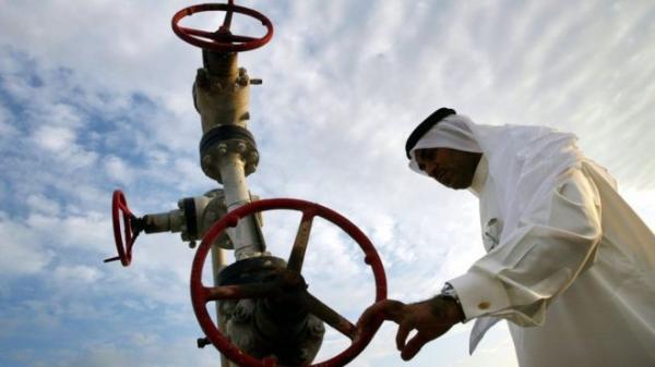 البحرين تكتشف حقل نفط بحري &#34يحتوي على 80 مليار برميل&#34
