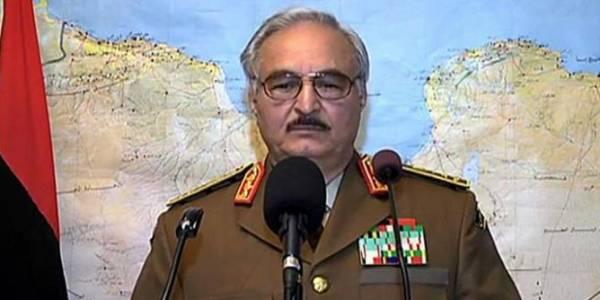 حفتر ينجو من محاولة اغتيال في بنغازي الليبية