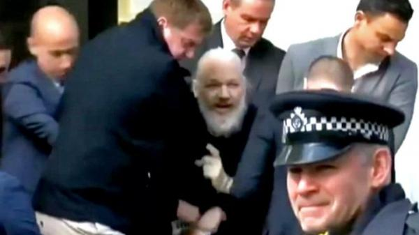 القبض على مؤسس ويكيليكس جوليان أسانج في لندن
