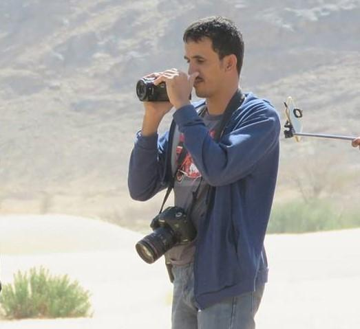 استشهاد صحفي واصابة اخرين بقصف حوثي في البيضاء