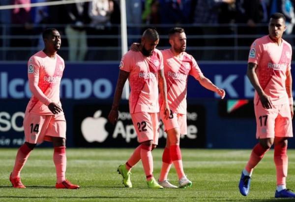 برشلونة بتشكيلة مختلفة يتعادل مع ويسكا متذيل الترتيب في دوري إسبانيا